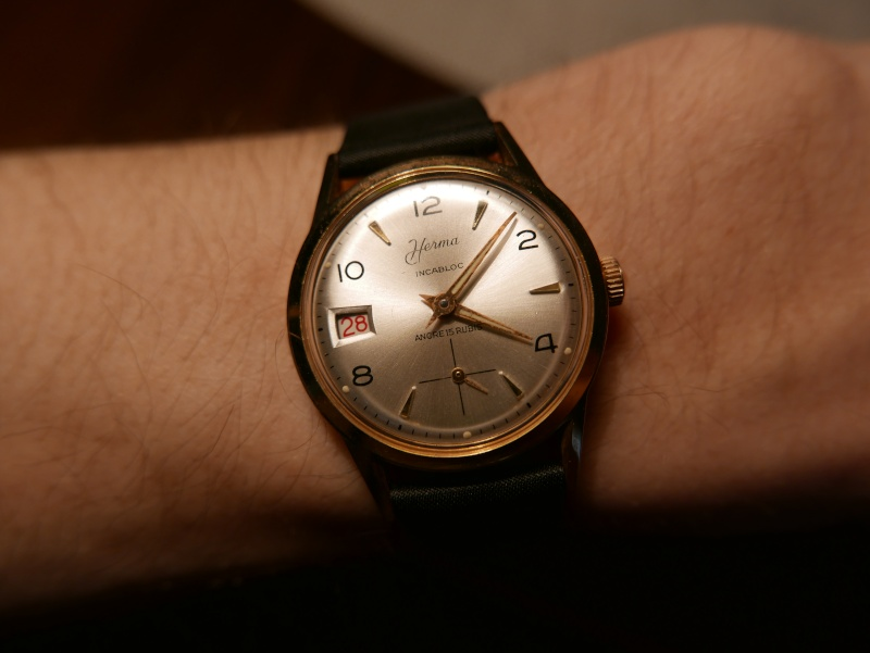 Enicar - [Postez ICI les demandes d'IDENTIFICATION et RENSEIGNEMENTS de vos montres] - Page 36 P1010611
