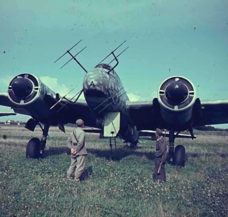 JU 88 G6 1/32 Ju88g-10