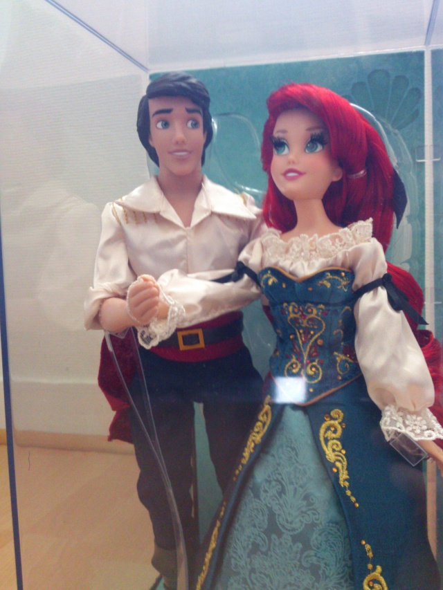 Nos poupées Designer en photo - poupée de la semaine - Page 2 Dsc_0010
