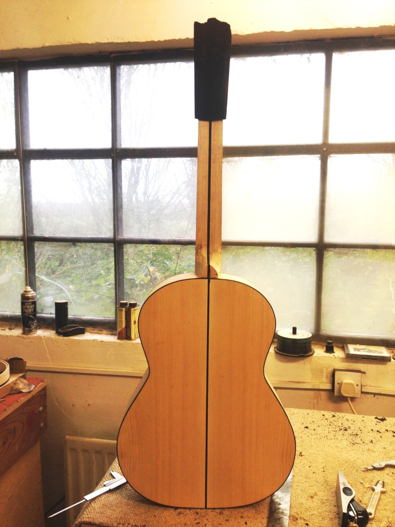 construction d une guitare blanca - Page 7 Img_2813