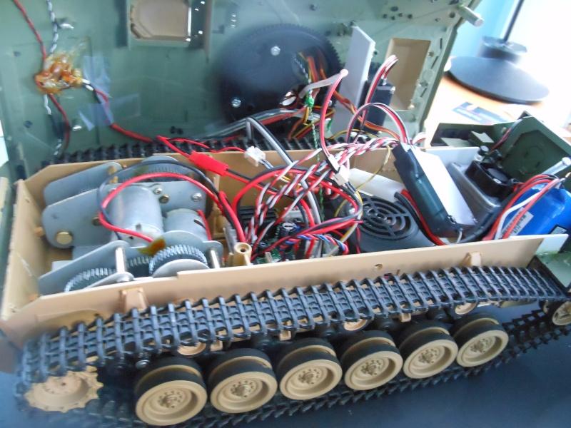 TOW Launcher on my Bradley M2A1 Dscn1338
