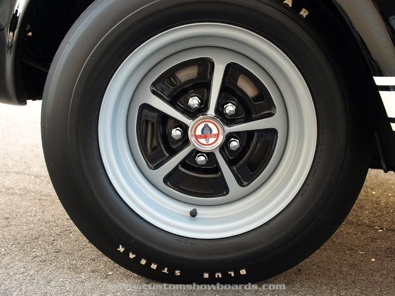 Références roues et pneus Shelby 1965 - 1970 66_sta10
