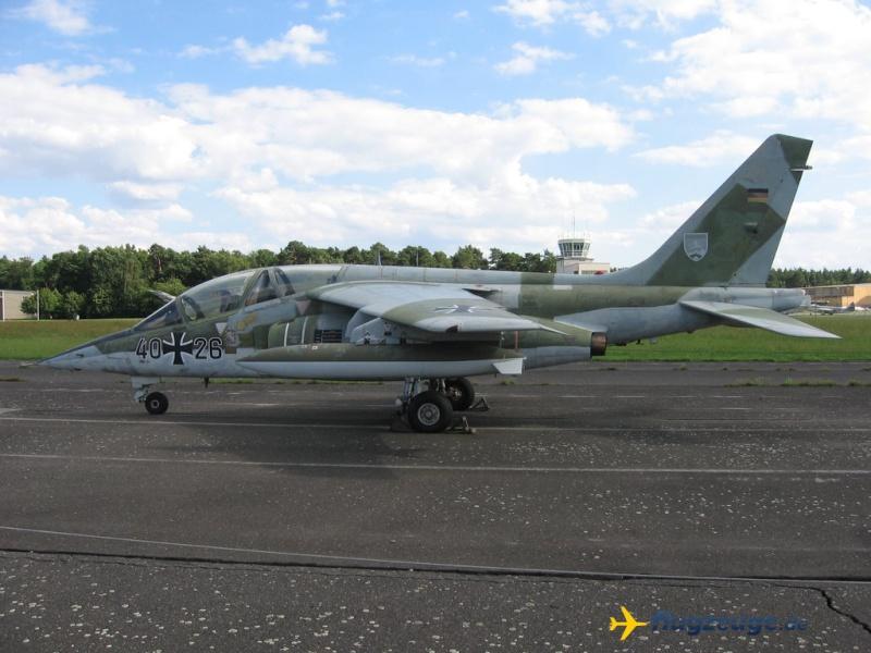 AMD-BA DORNIER Alpha jet A du waffenschule 50 ( kit heller 1/72 ) Dornie11
