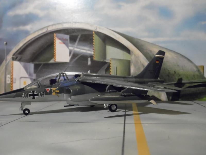 AMD-BA DORNIER Alpha jet A du waffenschule 50 ( kit heller 1/72 ) Sam_0912