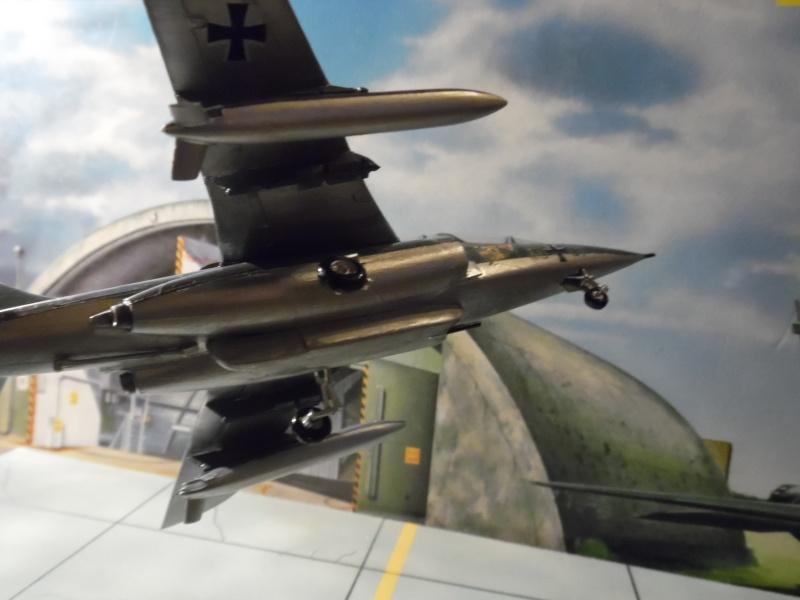 AMD-BA DORNIER Alpha jet A du waffenschule 50 ( kit heller 1/72 ) Sam_0914
