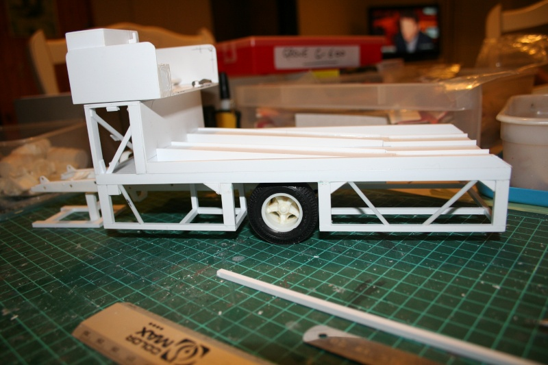 """Ford C-600 """"Tommy Grove Race Car Hauler"""" (AMT) [STANDBY] - Page 6 Img_3626"""