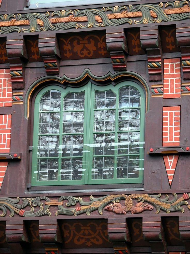 Des fenêtres d'hier et d'aujourd'hui. - Page 21 34e91010