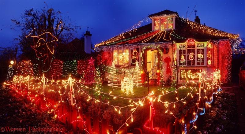 Les illuminations de Noël pour les fêtes 2.015   2.016 ! - Page 4 A_00910