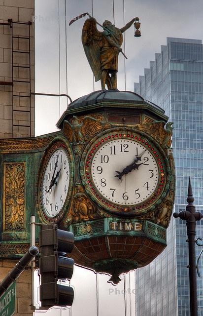 Reçu un beau diapo....Les horloges et pendules des rues..... - Page 5 Chicag10
