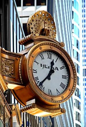 Reçu un beau diapo....Les horloges et pendules des rues..... - Page 7 Chicag11
