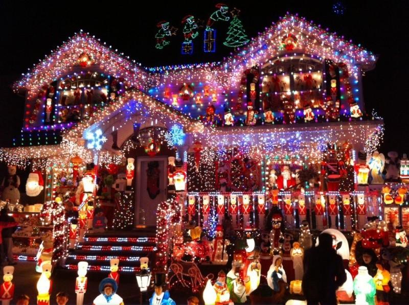 Les illuminations de Noël pour les fêtes 2.015   2.016 ! - Page 2 Deco-m10