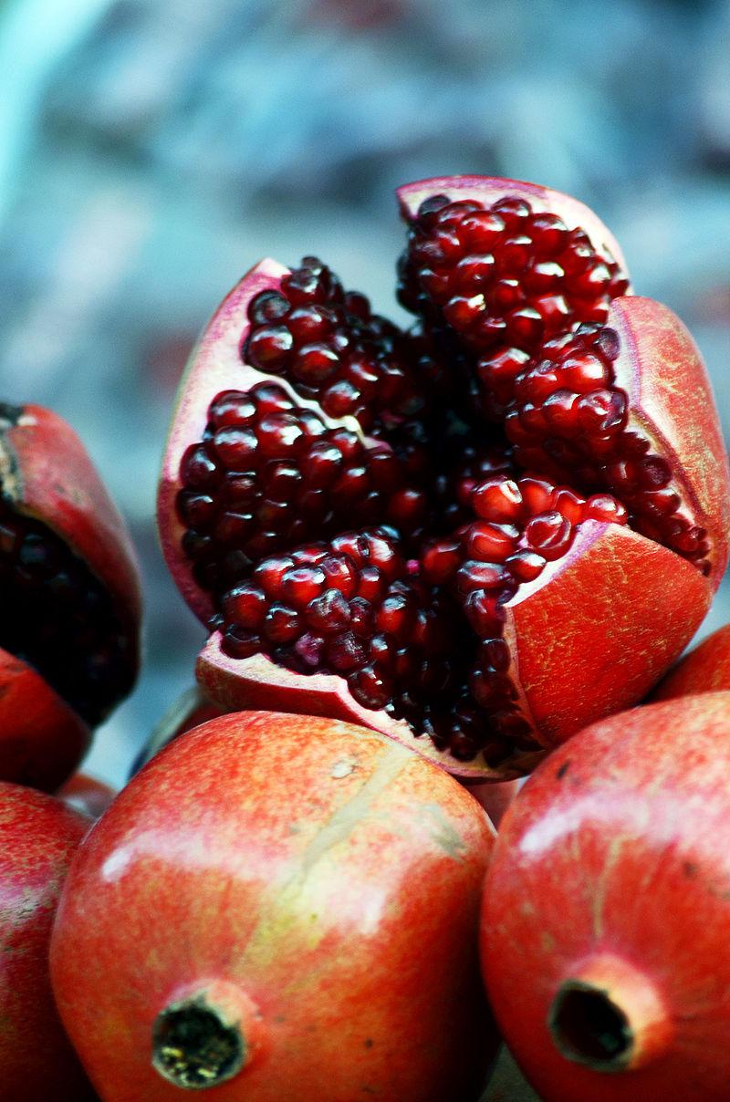 Fleurs,....fruit,.....tout ce qui se mange,...se boit....ou qui vient de la nature.......... - Page 5 Grenad12