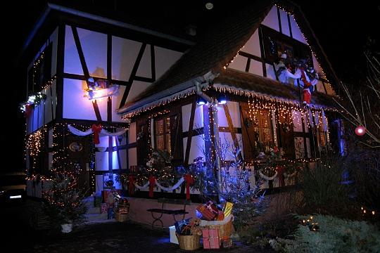 Les illuminations de Noël pour les fêtes 2.015   2.016 ! - Page 3 Noe_es10