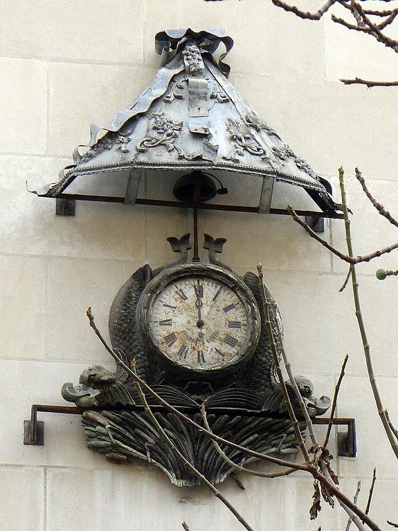 Reçu un beau diapo....Les horloges et pendules des rues..... - Page 7 Paris_11