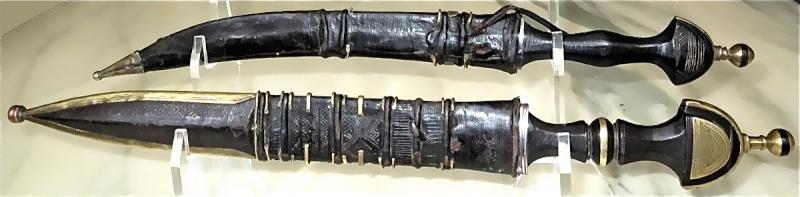 Collection épée Sahel / Maghreb - Page 2 6hausa10
