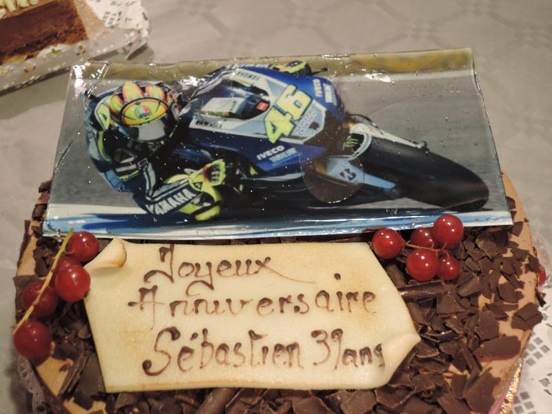 Topic Rossi MotoGP - Page 4 Dscn2010