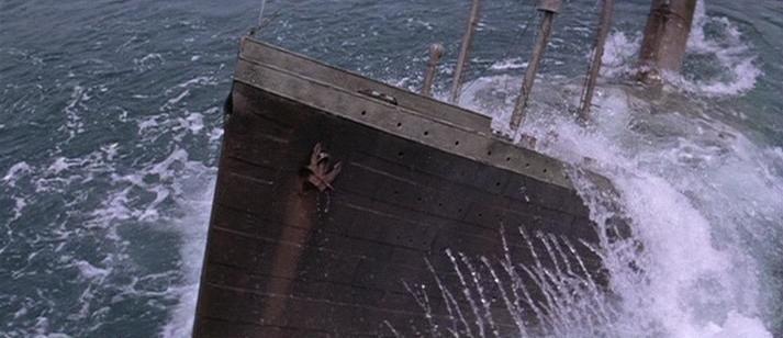 La Guerre des abîmes (Raise the Titanic) [film de 1980] - Page 3 Vlcsna11