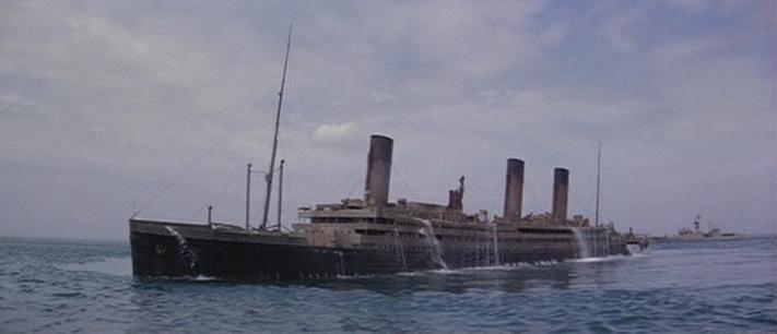 La Guerre des abîmes (Raise the Titanic) [film de 1980] - Page 3 Vlcsna12