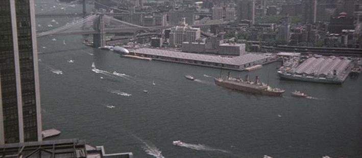 La Guerre des abîmes (Raise the Titanic) [film de 1980] - Page 3 Vlcsna15
