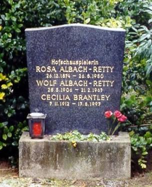 Ses grands parents Albach Retty 10457210