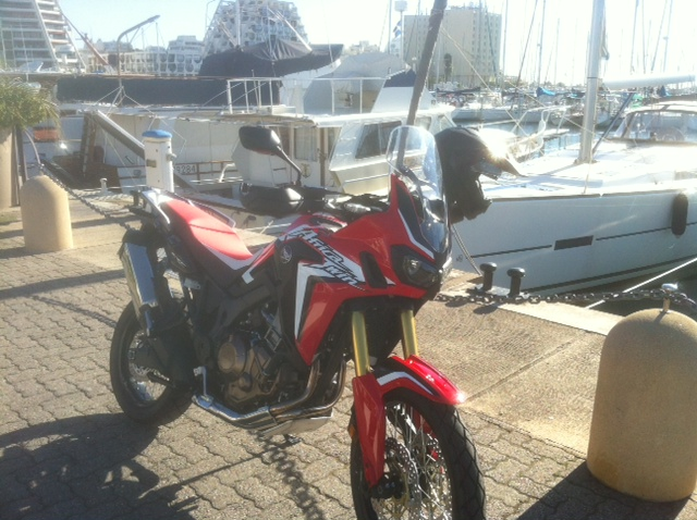 Africa Twin en 2015? - Page 38 Photo_16