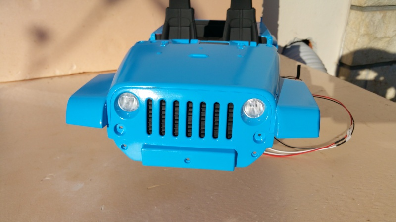 [Axial SCX10] Chris Customs.  Jeep Wrangler Hydro Blue 20151213