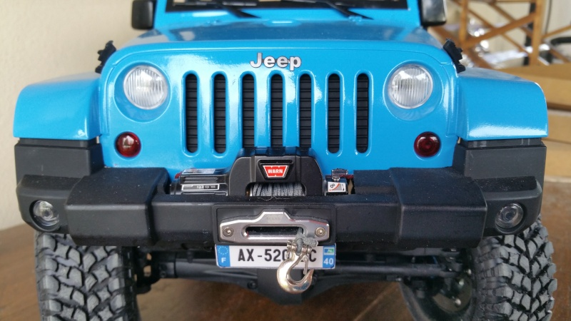 [Axial SCX10] Chris Customs.  Jeep Wrangler Hydro Blue 20160212