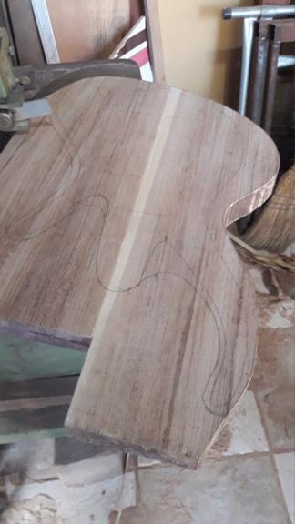 Projeto de baixo na Guidini Guitars (cancelado pela luthieria) 20201010