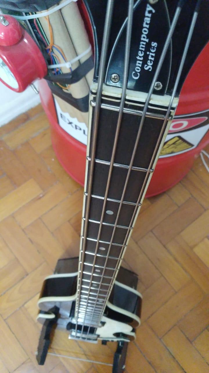Projeto de baixo na Guidini Guitars (cancelado pela luthieria) - Página 5 Img-2011