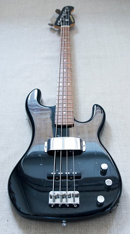Kramer Jazz Bass? Kramer10