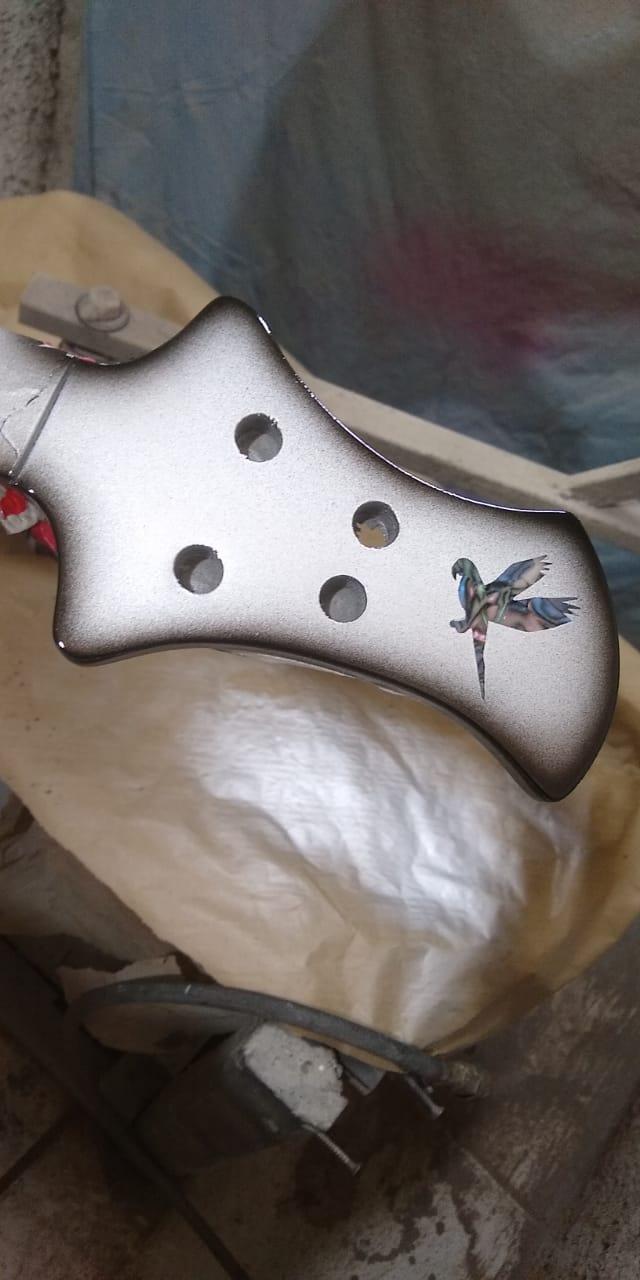 Projeto de baixo na Guidini Guitars (cancelado pela luthieria) Whatsa26