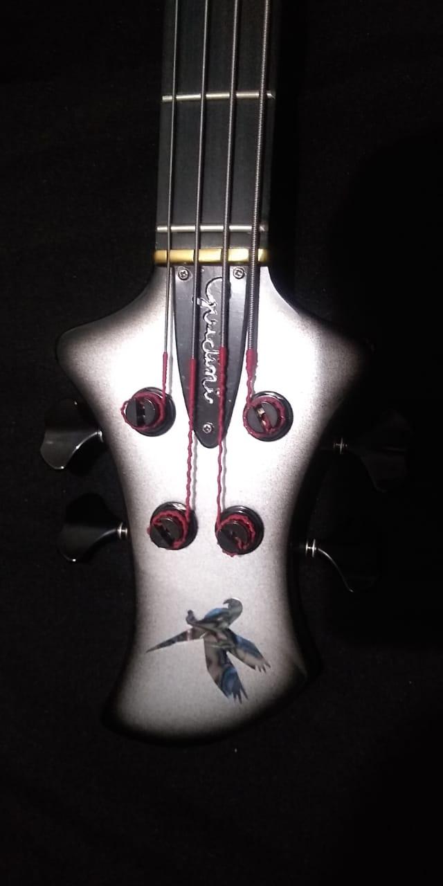Projeto de baixo na Guidini Guitars (cancelado pela luthieria) Whatsa31