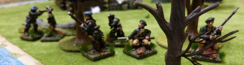 Raid Anglo-Indiens sur une petite colonie Française ...  P1020041