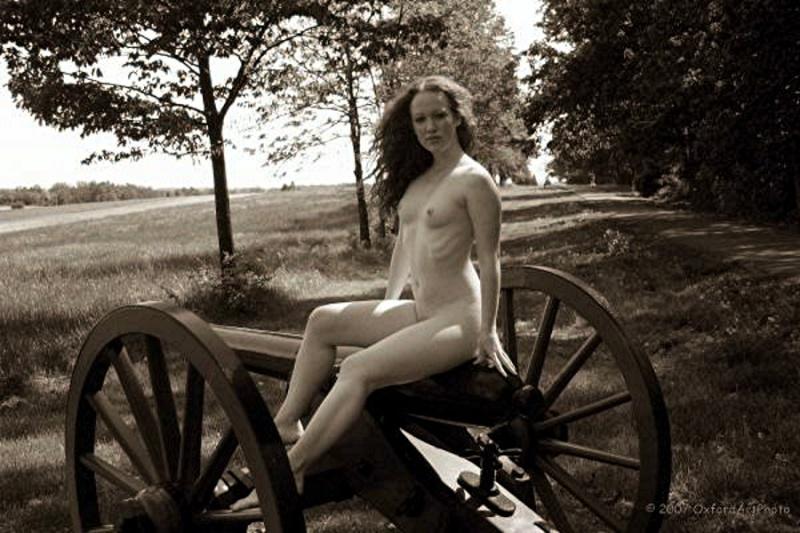 artillerie yankee pour sudiste récalcitrant (sitting bear) Nude-o10