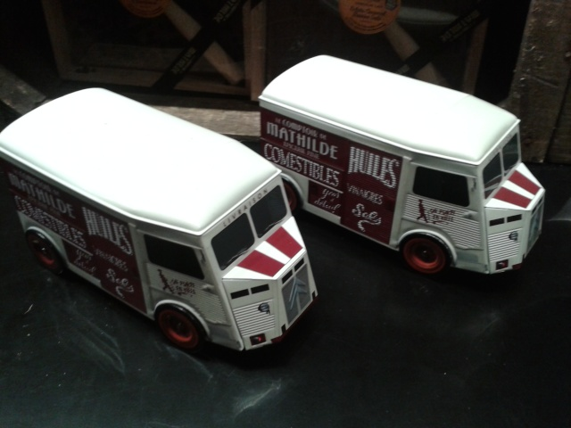 CITROEN FOURGON TYPE H 1:24 HELLER 20151223