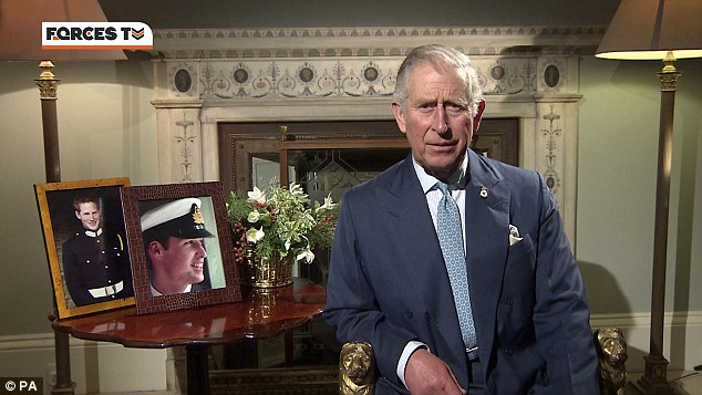 Carlos de Inglaterra y Camilla, Duquesa de Cornualles - Página 15 Fel10