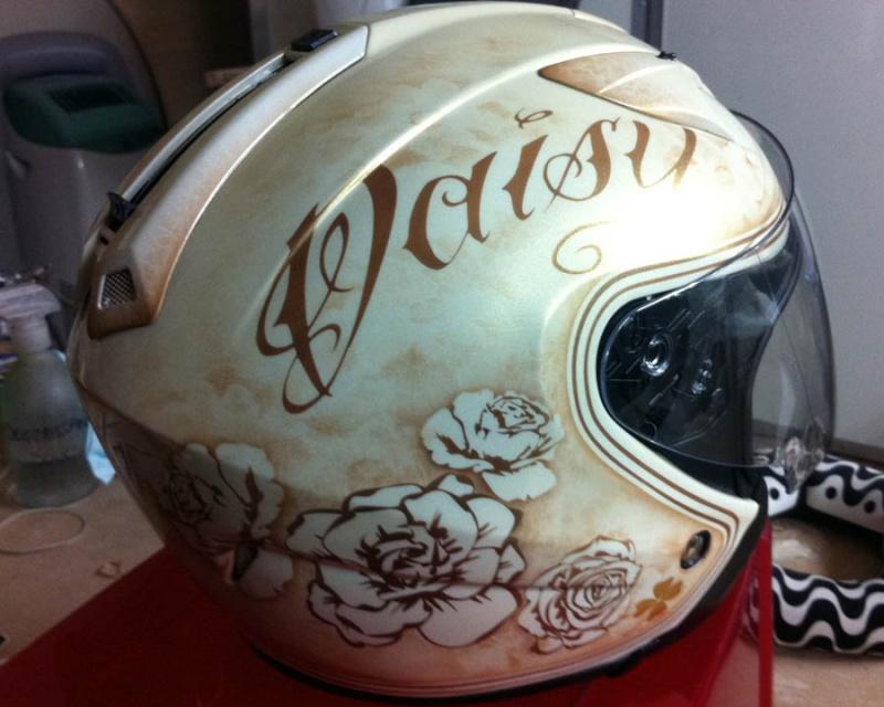peinture sur  casques 3210