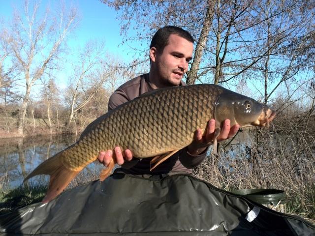 Vos plus jolis poissons (en dehors du poids) Img_2011