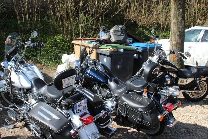 Une question qui me tarabusque: salut motard Img_4110