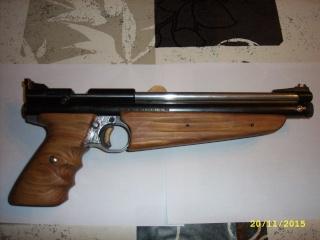 crosman 2300T carabine et 1322 custom Jd531019
