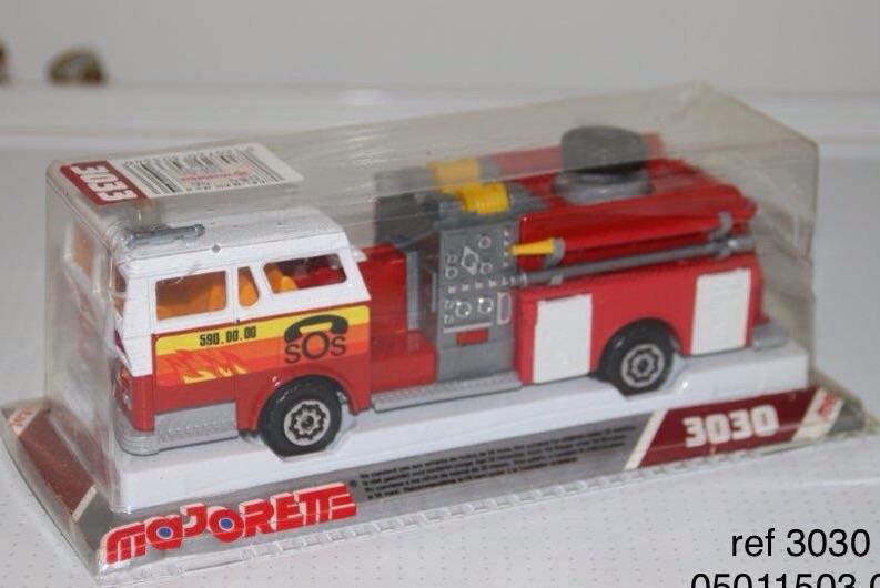 N°3033 1972`Ward La France Pompe Incendie Image30