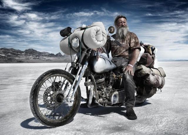 de l'essence , des larmes d'asphalte et de la poussière ................ 13030410