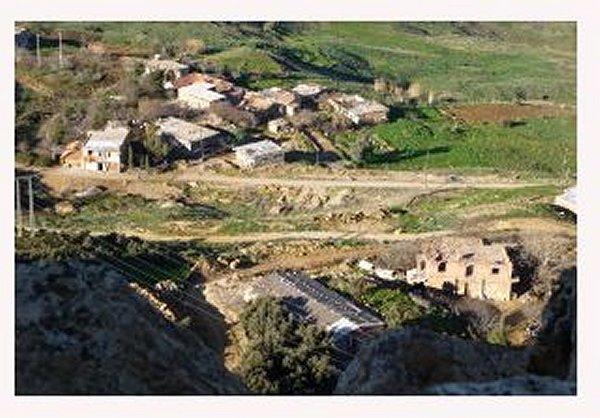 le Monastère Notre Dame de l'Atlas  Tibhirine Midelt Maroc Dame_a11