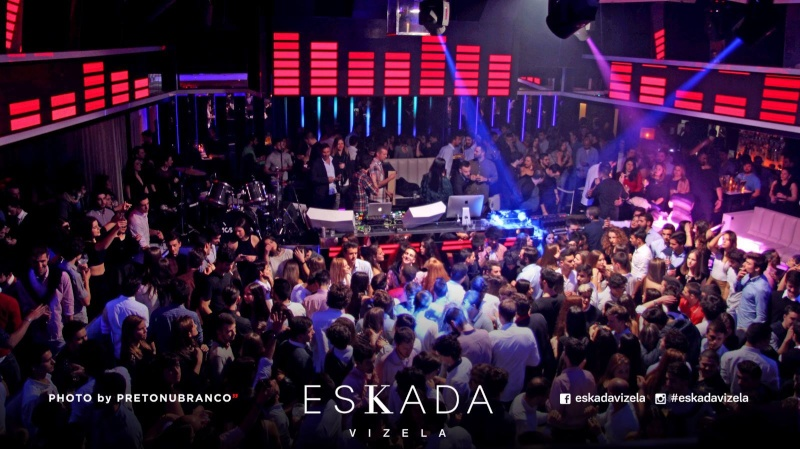 [30/01/2016] Eskada Club  -  Vizela   - Portugal  12698111