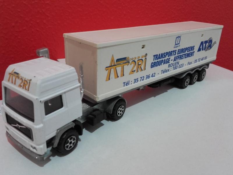 N°3055 Volvo Porte Container. 20151146