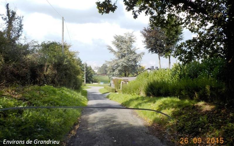 CR du 26/9/15: De Chastrès à Walcourt, 6 km... sauf si on s'égare... Dscn2353