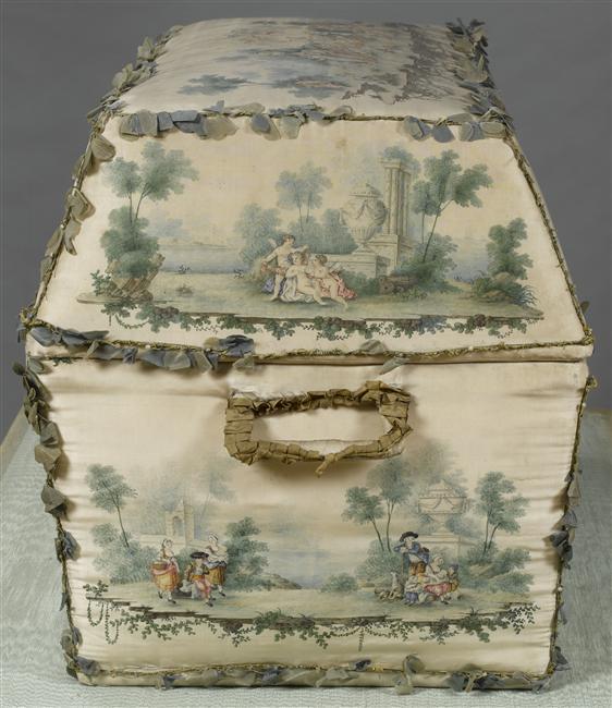 Malles et coffres de voyage de Marie-Antoinette 07-53011
