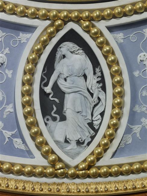 Exposition : Sèvres, la manufacture des Lumières 10-50512