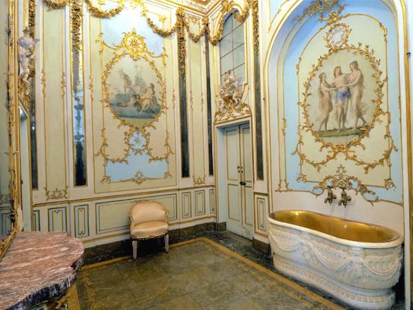 Marie-Caroline à Naples : le Palais Royal de Caserte - Page 2 11785-10