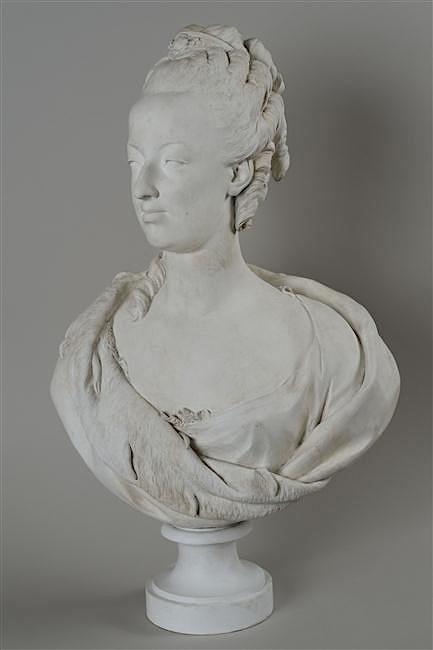 Marie Antoinette, par (et d'après) Louis-Simon Boizot 12-59310